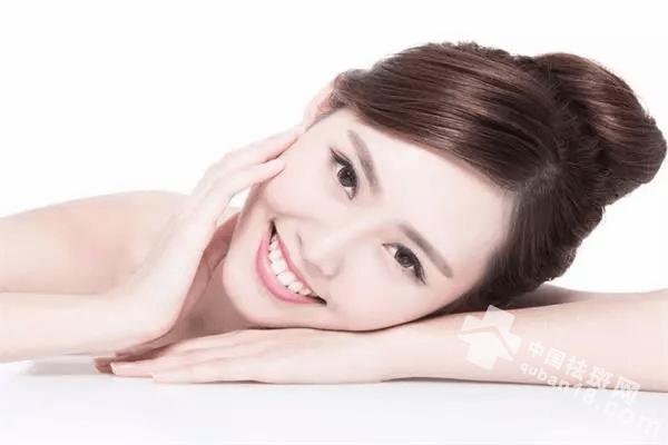 学会这些祛斑小妙招,能让你的皮肤白净透亮!