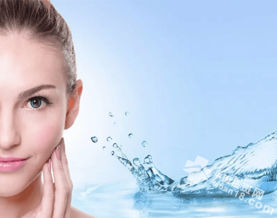 冬季日常如何正确的给脸部皮肤补水保湿?