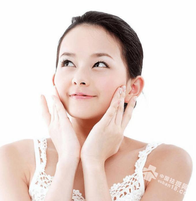 28岁姑娘长了一脸的老年斑?难道,这也是肌肤衰老的信号