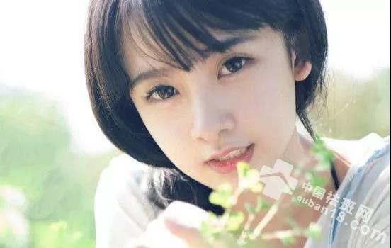 <a href=http://www.quban18.com/qubanbuwei/lian/ target=_blank class=infotextkey>脸</a>上长<a href=http://www.quban18.com/tag/renshenbanzenmeban/ target=_blank class=infotextkey><a href=http://www.quban18.com/tag/renshenban/ target=_blank class=infotextkey>妊娠<a href=http://www.quban18.com/tag/ban_4098/ target=_blank class=infotextkey>斑</a></a><a href=http://www.quban18.com/tag/zenmeban/ target=_blank class=infotextkey>怎么办</a></a>?<a href=http://www.quban18.com/tag/danhua/ target=_blank class=infotextkey>淡化</a><a href=http://www.quban18.com/tag/renshenban/ target=_blank class=infotextkey>妊娠<a href=http://www.quban18.com/tag/ban_4098/ target=_blank class=infotextkey>斑</a></a>的小技巧分享给你