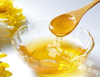 快速祛斑小妙招:蜂蜜祛斑的方法